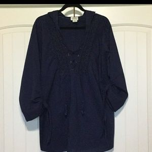 Ariat lightweight navy blue pullover top