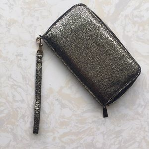 Handbags - Metallic Gold/Black Wristlet