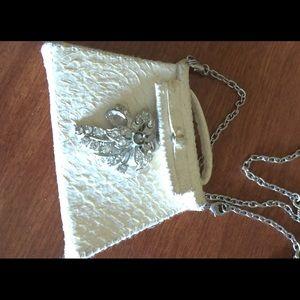Jewelry - Gabi de Cologne necklace