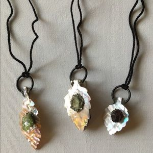 Jewelry - Mother of Pearl & Gemstone necklace