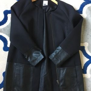 Halogen coat with 100% leather