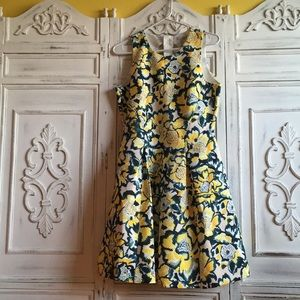 H&M floral dress! Yellow, white and green! 🌼👗