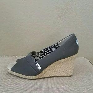 Gray Toms wedge sandals peep toe Espadrilles 8