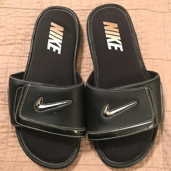 Men's Nike Slides Size 10