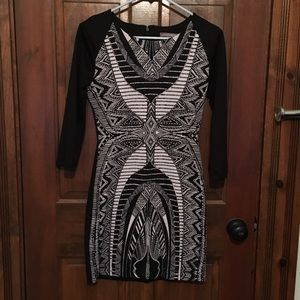 Tinley Road size M body con mini cocktail dress