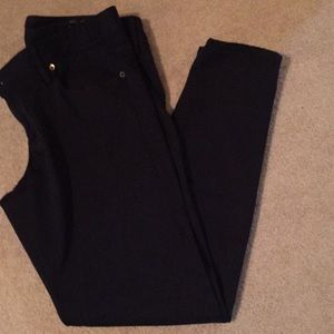 Lilly black skinnies