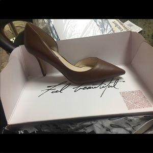 Size 8 brown heels