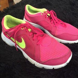 Nike Sneakers💗