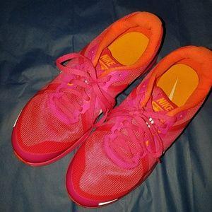 Nike dual fusion worn once
