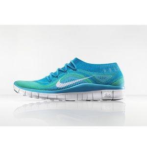 Women's Nike Free 5.0 Flyknit Sneakers
