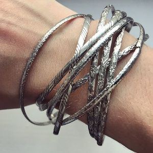 Vintage thin silver interlocking bangle bracelets
