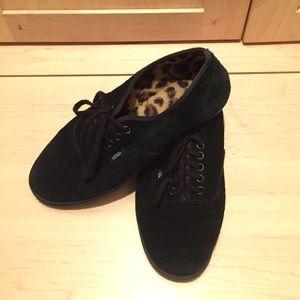 VANS Unisex suede shoes