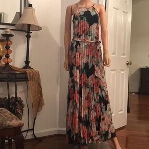 Beautiful maxi dress floral print