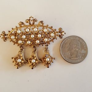 Victoria Filigree Gold Tone Faux Pearl Brooch