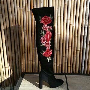 Floral Applique Black Over-the-knee Boots NIB! 9.5