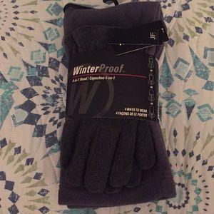 Men's scarf and gloves set