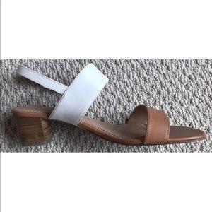 New brooks brothers tan bone sandal shoe 8.5