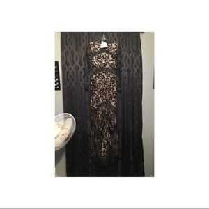 I'm selling my prom dress.