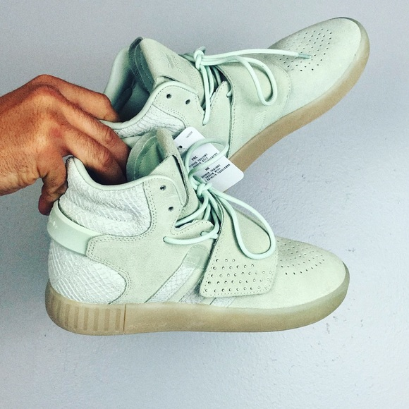 cheap for discount 80535 e0eb9 Adidas Tubular Invader Strap Sneaker in Mint