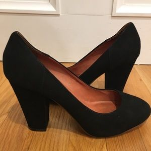 Madewell Black Suede Pumps