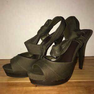Jessica Simpson Olive Green Slingback Heels 8.5