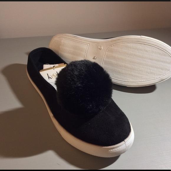 Kooba Shoes - 🎊SALE🎊 Kooba Pom Pom slides
