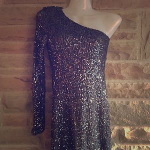 Ark & Co Sequin One Shoulder Dress Size M