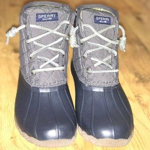 Size 5 Sperry Duck Boots • Gray and Navy Blue •