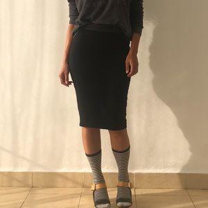 ZARA   Basic Black Bodycon Skirt