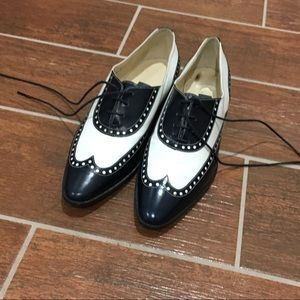 Bally Vintage Flat Lace Up Shoes