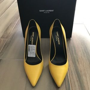 Saint Laurent Patent Paris Pumps in Citrus