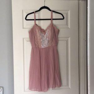 Mauve/pink, semi-formal, lacy dress