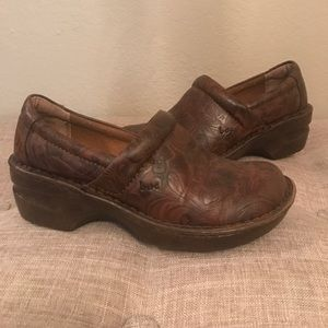 B.o.c leather shoes size 7.5