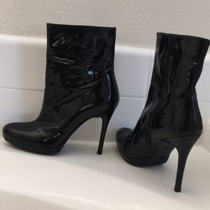 stuart weitzman patent leather ankle boots trendy