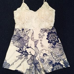 Adorable Blue and White Lace Floral Romper💋