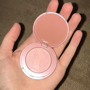 Tarte blush in shade paaarty (nude)