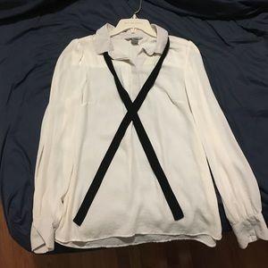 H&M tie neck blouse 👚 🎀