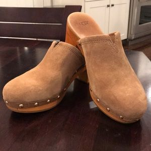 UGG clogs. Size 10, tan suede. Like new!