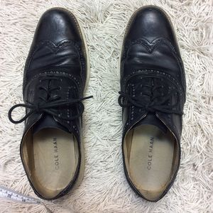 Cole Haan Black laceup oxfords 10M