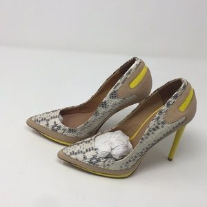Women's Dress Heels L.A.M.B. Size 6m  a7