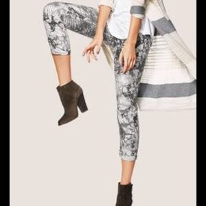 Cabi #5075 Marble Joggers Pants