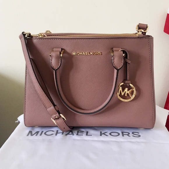 14f47cf393 Michael Kors Dusty Rose Sutton Satchel Small. M 5a1366e62de5124708004a59