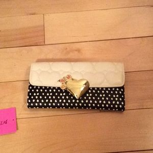 💝 Betsey Johnson Magnetic Wallet