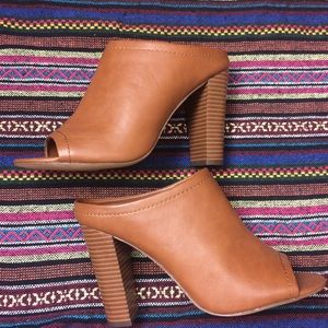 Mossimo Mules