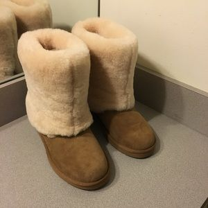 Authentic uggs size 7