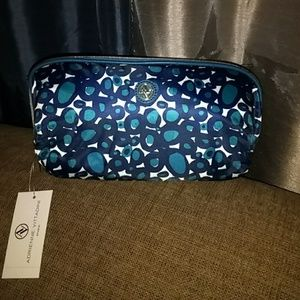 Adrienne Vittadini beauty bag