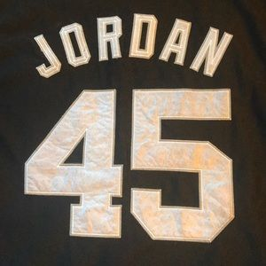 the best attitude f75e7 bd7c4 Michael Jordan Sox jersey