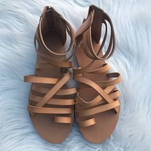 New Mossimo Sandals