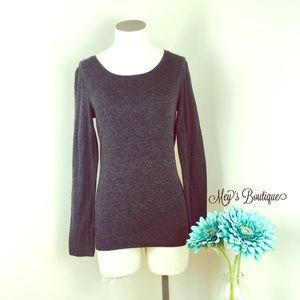 ⭐️Old Navy Gray Long Sleeve Top⭐️