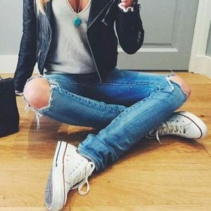 Converse - White